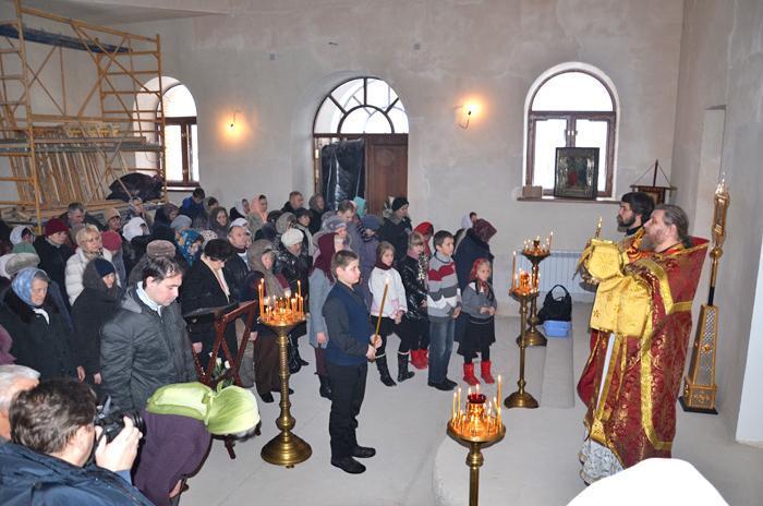 pervaja-liturgija1